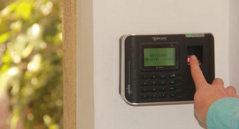 Alarmas de seguridad Alarma Residencial instalada en muro, huella digital